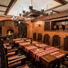 Отель Bass Boutique Hotel Армения, Ереван - 1 отзыв об отеле, цены и фото номеров - забронировать отель Bass Boutique Hotel онлайн питание фото 2