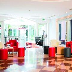 Отель Hôtel Vacances Bleues Villa Modigliani интерьер отеля фото 3