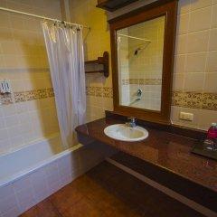 Отель Bhundhari Chaweng Beach Resort Koh Samui Таиланд, Самуи - 3 отзыва об отеле, цены и фото номеров - забронировать отель Bhundhari Chaweng Beach Resort Koh Samui онлайн ванная фото 2