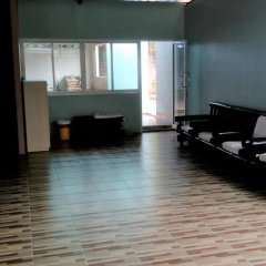 PJ Phuket Town Hotel развлечения