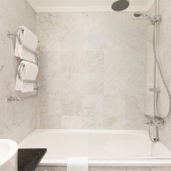 Elite Hotel Stockholm Plaza Стокгольм ванная