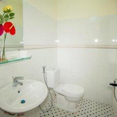 Отель Royal Homestay Вьетнам, Хойан - отзывы, цены и фото номеров - забронировать отель Royal Homestay онлайн ванная