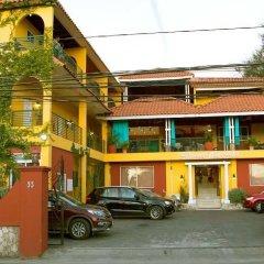 Отель Altamont West Hotel Ямайка, Монтего-Бей - отзывы, цены и фото номеров - забронировать отель Altamont West Hotel онлайн парковка