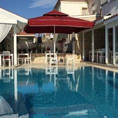 Отель Alacati Eldoris Otel Чешме бассейн фото 2