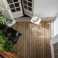 Отель onefinestay - Montmartre-South Pigalle private homes балкон