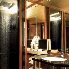 Отель The Sukhothai Bangkok Таиланд, Бангкок - 1 отзыв об отеле, цены и фото номеров - забронировать отель The Sukhothai Bangkok онлайн ванная