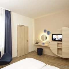 H2 Hotel Berlin Alexanderplatz удобства в номере