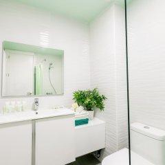 Отель Ducassi Suites Rooftop Pool Beach Club & Spa ванная