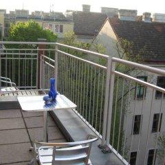 Отель Puzzlehotel Appartement Schönbrunn Австрия, Вена - отзывы, цены и фото номеров - забронировать отель Puzzlehotel Appartement Schönbrunn онлайн балкон