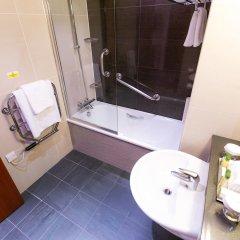 Отель DoubleTree by Hilton London – West End ванная фото 2