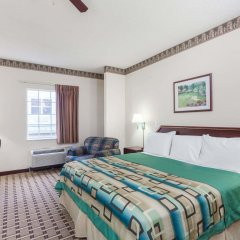 Отель Days Inn & Suites by Wyndham Huntsville США, Хантсвил - отзывы, цены и фото номеров - забронировать отель Days Inn & Suites by Wyndham Huntsville онлайн комната для гостей фото 4