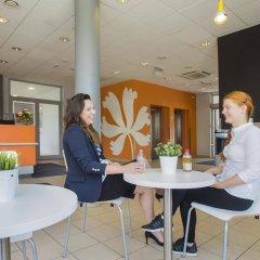 Отель Premiere Classe Wroclaw Centrum Польша, Вроцлав - 4 отзыва об отеле, цены и фото номеров - забронировать отель Premiere Classe Wroclaw Centrum онлайн питание