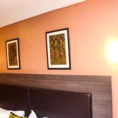 Отель Visa Karena Hotels сейф в номере