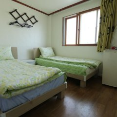 Отель Seoul Tower Family Guesthouse Сеул комната для гостей фото 2