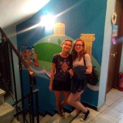 Small Funny World Athens - Hostel интерьер отеля