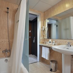 Отель Alua Hawaii Mallorca & Suites ванная фото 2