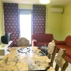 Апартаменты Apartment With 2 Bedrooms in Durrës, With Wonderful sea View and Furnished Terrace - 10 m From the Beach Дуррес комната для гостей фото 5