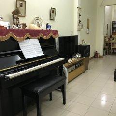 Отель Vinh's Home интерьер отеля