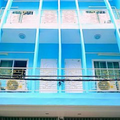 Отель Baan Pooh Inn Бангкок бассейн
