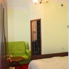Hotel Noy сейф в номере