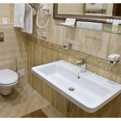 Гостиница Гранд-отель Пилипец Украина, Поляна - отзывы, цены и фото номеров - забронировать гостиницу Гранд-отель Пилипец онлайн ванная фото 2