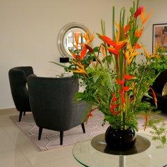 Отель New Brookfields Hotel Сьерра-Леоне, Фритаун - отзывы, цены и фото номеров - забронировать отель New Brookfields Hotel онлайн интерьер отеля фото 2