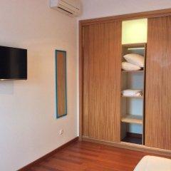Отель Apartamentos Príncipe Apart-Center сейф в номере