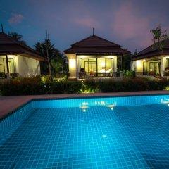 Отель Himaphan Boutique Resort бассейн