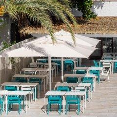 Отель Playasol Cala Tarida Сан-Лоренс де Балафия приотельная территория