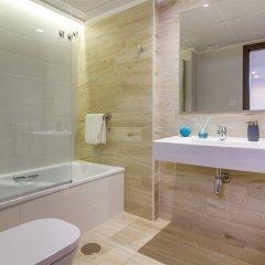 Отель Aparthotel La Era Park Испания, Бенидорм - отзывы, цены и фото номеров - забронировать отель Aparthotel La Era Park онлайн ванная
