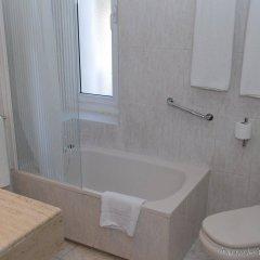 Отель El Castell Испания, Сан-Бой-де-Льобрегат - отзывы, цены и фото номеров - забронировать отель El Castell онлайн ванная