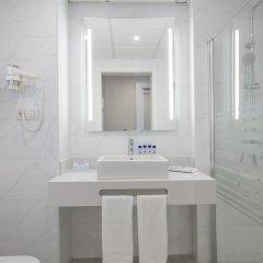 Отель Best Mediterraneo Испания, Салоу - 5 отзывов об отеле, цены и фото номеров - забронировать отель Best Mediterraneo онлайн ванная фото 2
