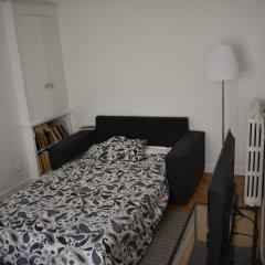 Апартаменты Charming 1 Bedroom Apartment With Balcony комната для гостей фото 5