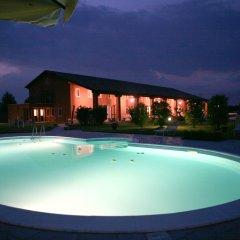 Отель Tenuta Monterosso Италия, Абано-Терме - отзывы, цены и фото номеров - забронировать отель Tenuta Monterosso онлайн бассейн