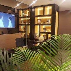 Отель Dominic & Smart Luxury Suites Republic Square развлечения