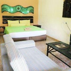 Отель Kamala Tropical Garden бассейн фото 2