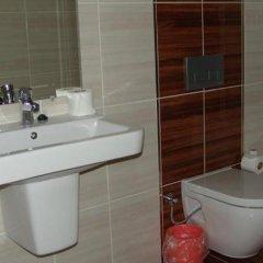 Kalif Hotel Турция, Айвалык - отзывы, цены и фото номеров - забронировать отель Kalif Hotel онлайн ванная фото 3