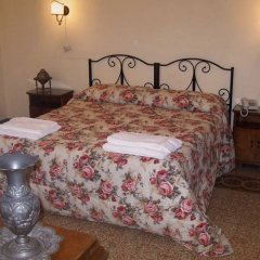 Hotel Scoti комната для гостей