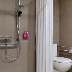 Отель Moxy Vienna Airport ванная фото 2