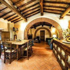 Отель Fonte Del Castagno Синалунга гостиничный бар
