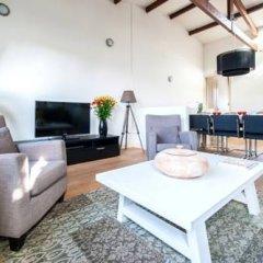 Отель Plantage Apartment Suites Нидерланды, Амстердам - отзывы, цены и фото номеров - забронировать отель Plantage Apartment Suites онлайн комната для гостей фото 4