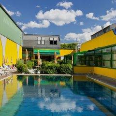 Отель Vienna Sporthotel бассейн фото 3