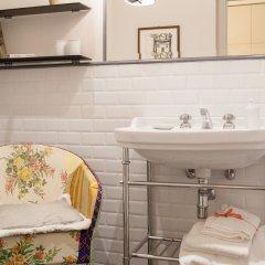 Отель Verdi Apartments Италия, Флоренция - 1 отзыв об отеле, цены и фото номеров - забронировать отель Verdi Apartments онлайн ванная фото 2