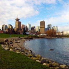 Отель Rosedale Condominiums Канада, Ванкувер - отзывы, цены и фото номеров - забронировать отель Rosedale Condominiums онлайн приотельная территория фото 2