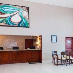 Отель Holiday Inn Cancun Arenas Мексика, Канкун - отзывы, цены и фото номеров - забронировать отель Holiday Inn Cancun Arenas онлайн питание