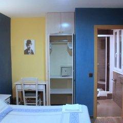 Отель Hostal Regio комната для гостей фото 3