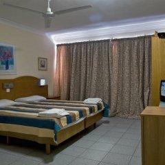 Отель Coral Hotel Мальта, Сан-Пауль-иль-Бахар - 2 отзыва об отеле, цены и фото номеров - забронировать отель Coral Hotel онлайн сейф в номере