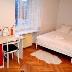 Апартаменты West Apartments Mazowiecka 7 Варшава комната для гостей фото 4