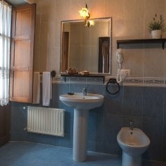 Hotel Corru San Pumés Кангас-де-Онис ванная фото 2