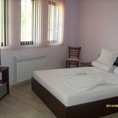 Отель Aleksandrina Болгария, Сливен - отзывы, цены и фото номеров - забронировать отель Aleksandrina онлайн комната для гостей фото 2